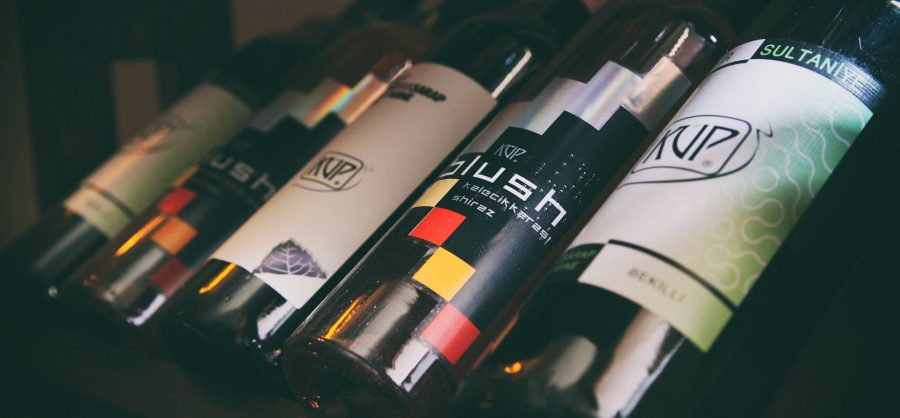 7 Tips for Choosing the right Wine for a Birthday Present